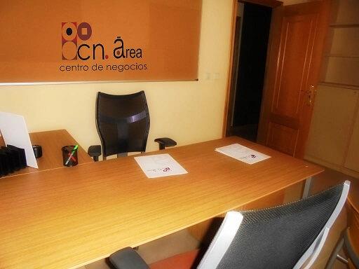 Alquile una oficina independiente con los servicios del Centro de Negocios